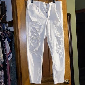 White ripped mom American eagle jeans